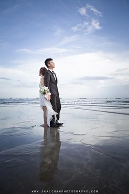 Pre-wedding Photoshoot - David & Jess @ East Coast Park (ECP)